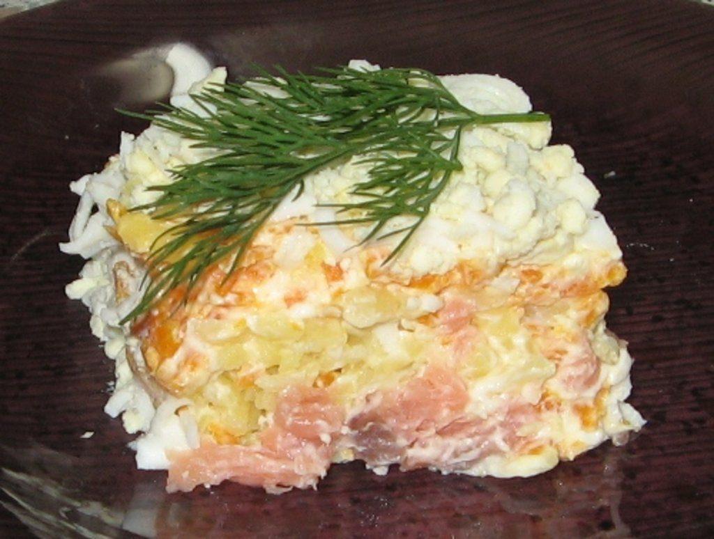 рецепт салата из красной рыбы фото