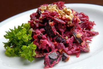 салат из свеклы с черносливом фото