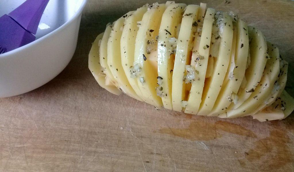 картофель-гармошка с салом